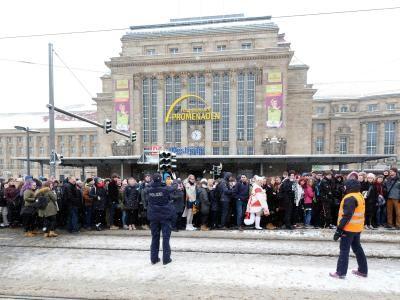 Literatur: Die Kälte ist zurück: Hauptbahnhof in Leipzig gesperrt