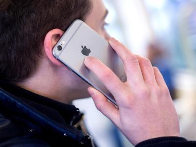 Bundesbürger Telefonieren Mehr Mobil Als Vom Festnetz Wirtschaft