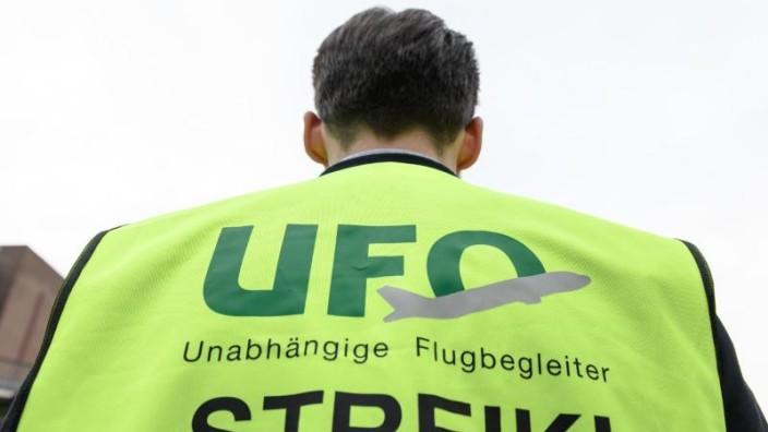Gewerkschaftsvorstände bleiben: Ufo-Mitglieder stimmen für Streiks bei der Lufthansa