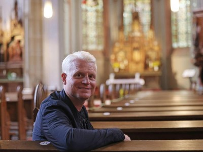 Fernsehen – Köln: Kölner Pfarrer holt sich Tipps von Guido Cantz