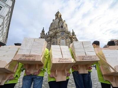 Architektur – Dresden: Christstollen reifen in Frauenkirche