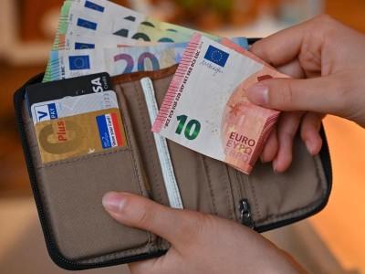 Banken: Menschen halten ihre Finanzen für so gut wie vor Corona