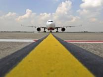 Flughafen Duesseldorf erwartet Ansturm von Reisenden