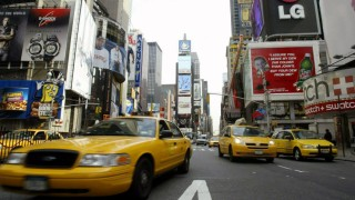Taxis am New Yorker Times Square