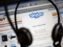 Ebay To Sell Majority Stake In Internet Phone Company Skype