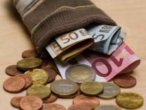 Junge Deutsche sind fleißige Sparer