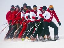 Piste statt Büro: In den Ferien als Skilehrer jobben