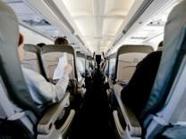 Flugzeug Sitzreihen Billigflieger