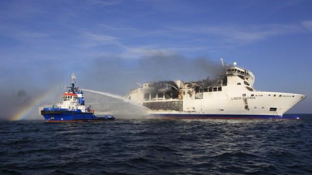 Feuer auf 'Lisco Gloria' weitgehend eingedaemmt