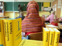 Symbolbild Ausländer in Schulen