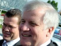 Horst Seehofer und Karl-Theodor zu  Guttenberg