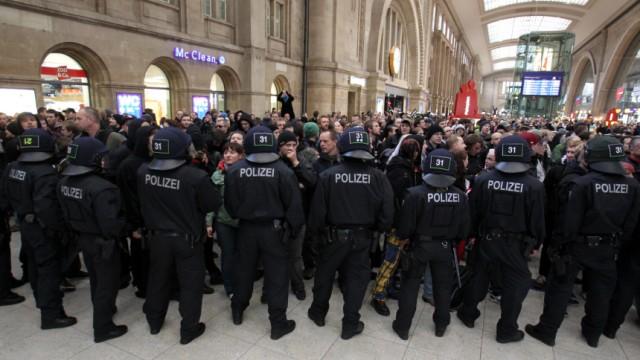 Proteste gegen Neonazi-Kundgebung