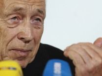 Former CDU secretary general Geissler addresses the media following talks with 'Stuttgart 21' opponents in Stuttgart