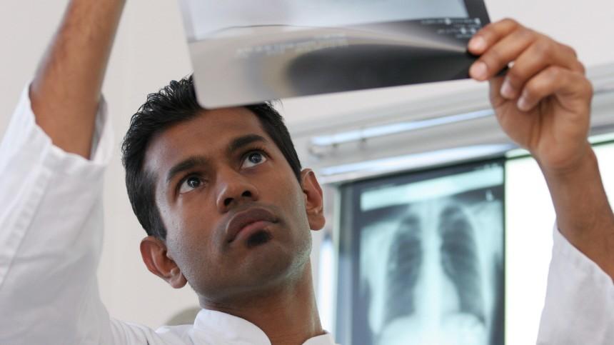 DAAD-Preisträger Indradeo Hemraj, 2005