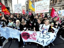 FRANCE-STRIKE-POLITICS-PENSIONS