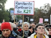 Stuttgart 21 - Rangeleien bei Montagsdemo