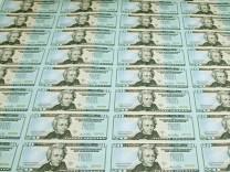 Auf die US-Banken kommen Klagen in Milliardenhöhe zu. Investoren, darunter die Fed, werfen den Banken vor, Hypotheken unangemessen in Wertpapieren gebündelt zu haben.