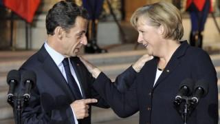 Die Kanzlerin in der Kritik: Angela Merkel habe Nicolas Sarkozy zu schnell nachgegeben und auf automatische Sanktionen gegen EU-Defizitsünder verzichtet - das bemängelt zumindest die FDP.