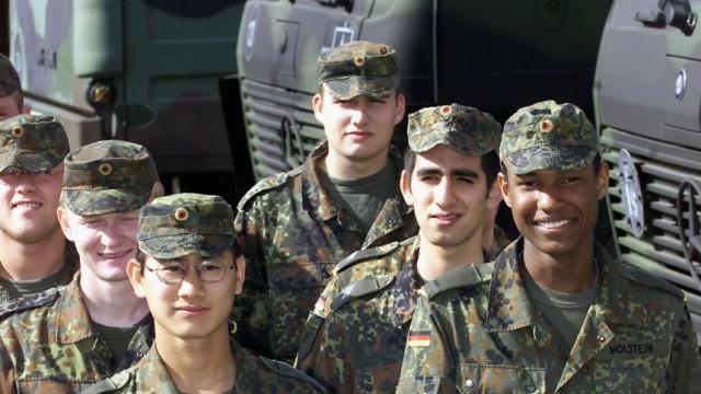 Deutsche Soldaten mit Migrationshintergrund