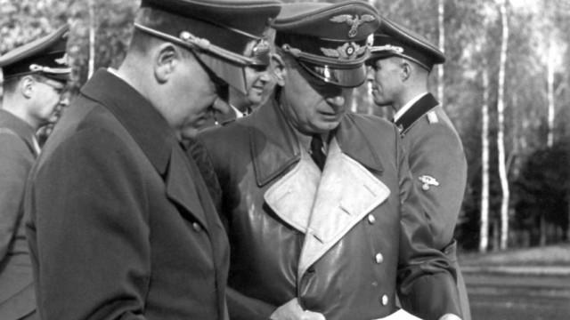 Hitler und Ribbentrop