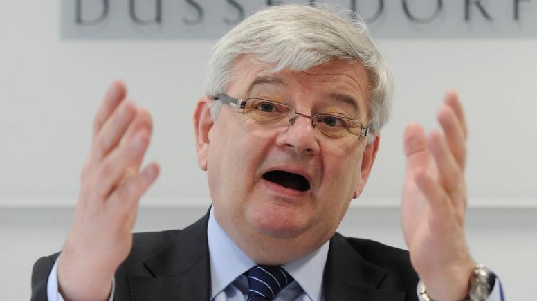 Joschka Fischer Gastprofessor an der Uni Düsseldorf