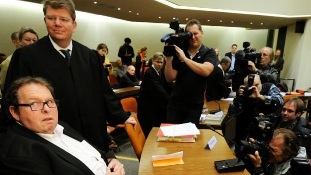 Prozessauftakt gegen Betrueger von Ottfried Fischer