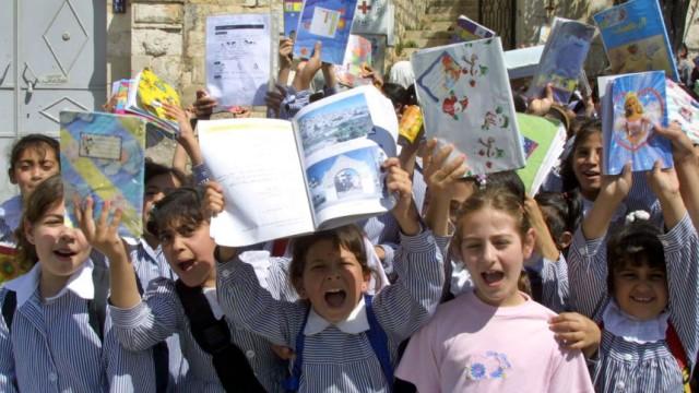 Israelische Schüler verlangen die Rückkehr in die Schule