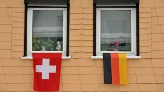 Fahnenschmuck in Klingenthal