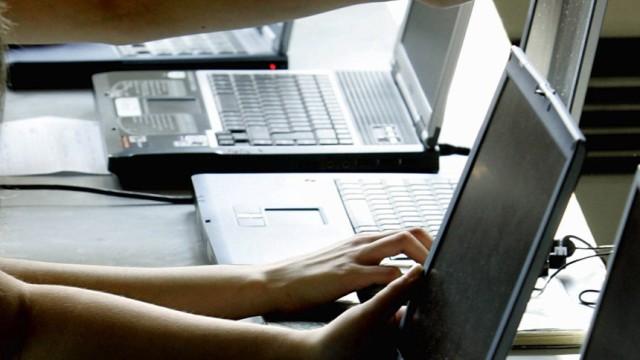 Kinderdienst: Bremer haben im Internet die Nase vorn