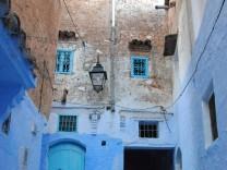 Blau in Grün: In Chefchaouen können Marokko-Urlauber entspannen