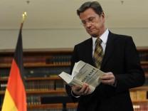 Westerwelle Holocaust Fischer AFP Auswärtiges Amt