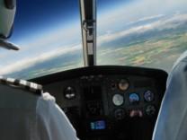 Cockpit Flugzeug Fliegen Pilot