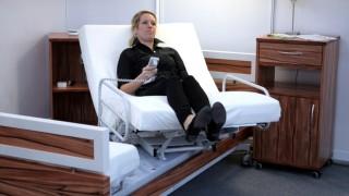 Pflegebebetrieb Ein Bett Mit Aufstehhilfe Bayern Suddeutsche De