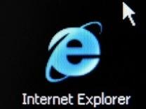 Internet Explorer / Web Browser / Logo