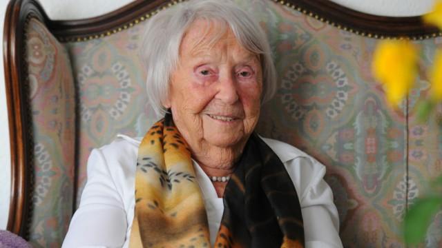 Elfriede Brüning wird 100