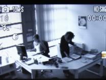 So mancher Chef hätte sie gern, die Überwachung der Beschäftigten am Arbeitsplatz. Aber das ist nur erlaubt, wenn ein konkreter Verdacht besteht.