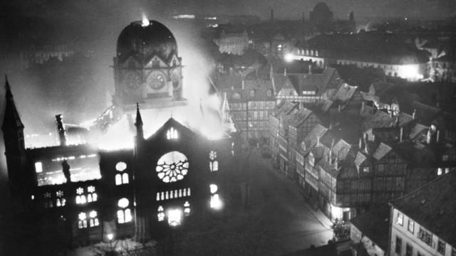 Reichspogromnacht - Brennende Synagoge in Hannover