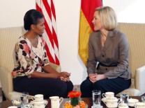 Michelle Obama, Bettina Wulff