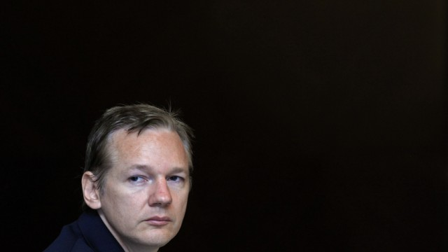 Wikileaks founder Assange speaks during a news conference on the internet release of secret documents about the Iraq War in London
