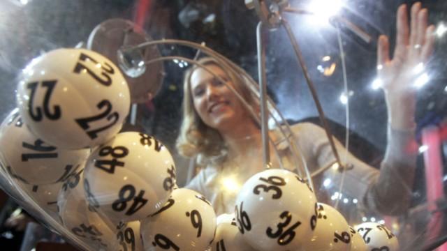 53c2339ad8af5e Reden wir über Geld: Franziska Reichenbacher -