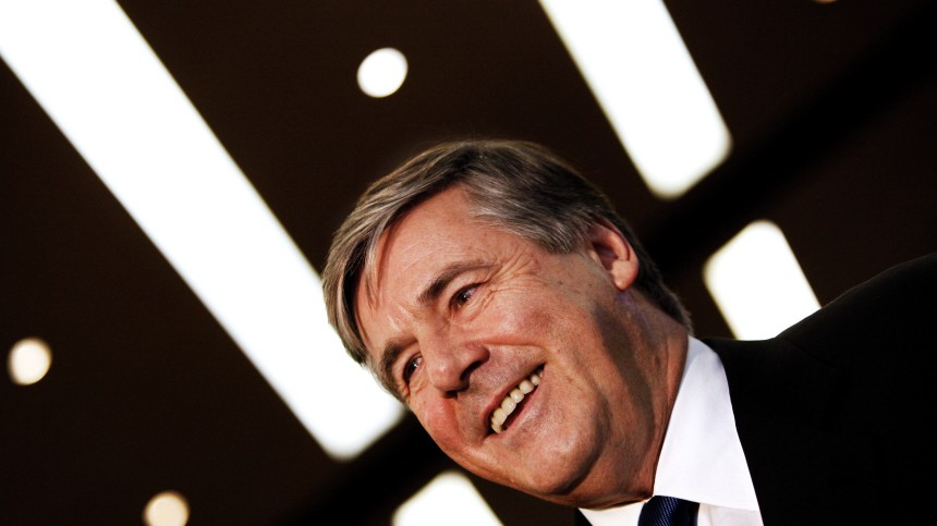 Ackermann bekommt Preis 'European Banker of the year 2009'