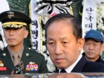Zurückgetreten nach harscher Kritik: Südkoreas Verteidigungsminister Kim Tae-Young