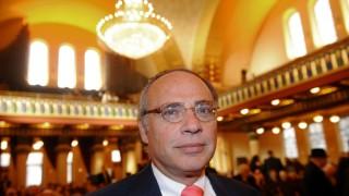 Mit Dieter Graumann tritt erstmals ein Mann der Nachkriegsgeneration an die Spitze des Zentralrats der Juden