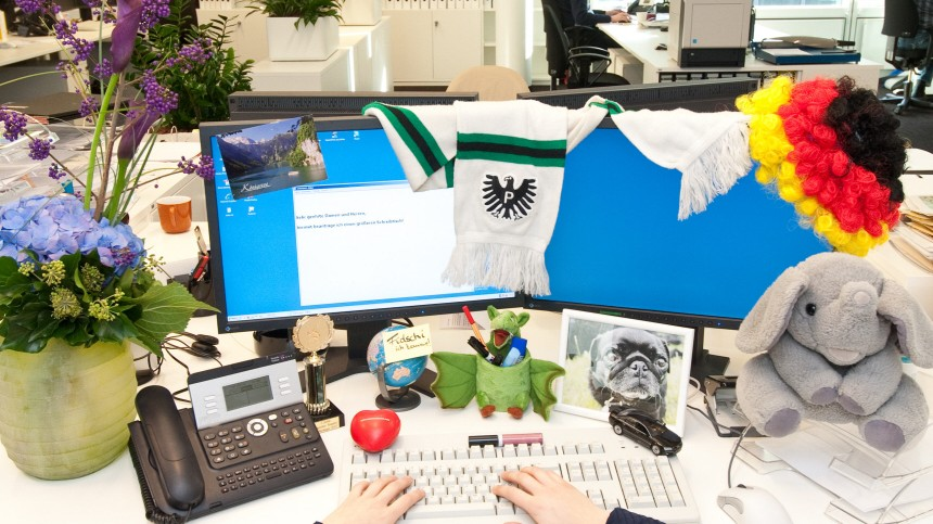 Arbeitsplatz büro schreibtisch Arbeitsplatz - Zeige mir deinen Schreibtisch, und ich sage dir ...