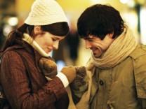In der Komoedie 'Bon Appetit' geht in einem Zuercher Edelrestaurant die Liebe durch den Magen