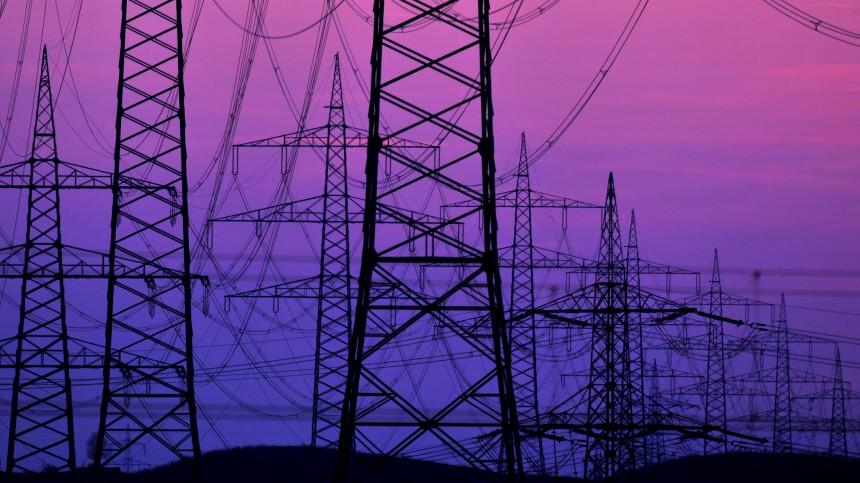 Bruessel fordert 600 Milliarden Euro fuer EU-weite Stromnetze