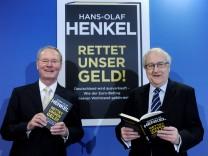 Henkel stellt Buch 'Rettet unser Geld!' vor