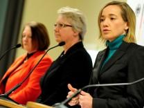 Runder Tisch gegen Kindesmissbrauch legt Zwischenbericht vor