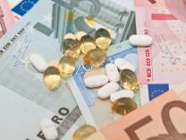 Zusatzbeitrag gegen Milliardenloch: Krankenversicherung teurer