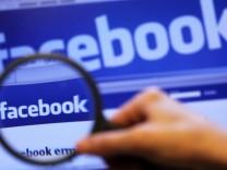 Jahresrückblick 2010 - Verbraucherzentrale verklagt Facebook